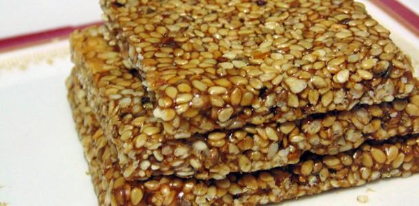 Til Chikki (Sesame Brittle) - Uttarayan Special • Gujarati Recipes