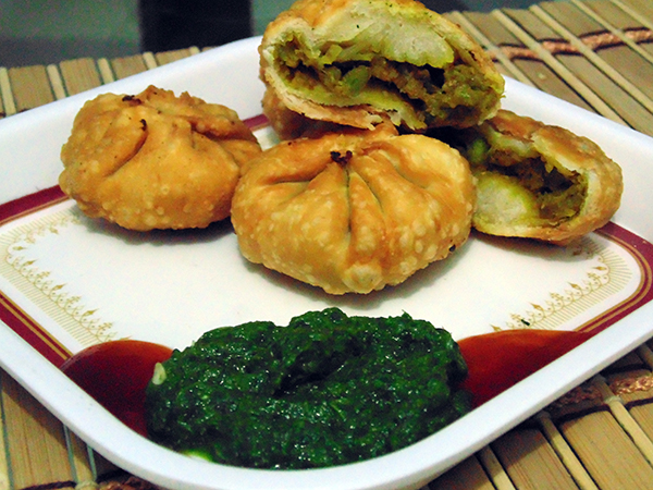 Gujarati recipes indian recipes vegetarian recipes tuver lilva kachori forumfinder Choice Image