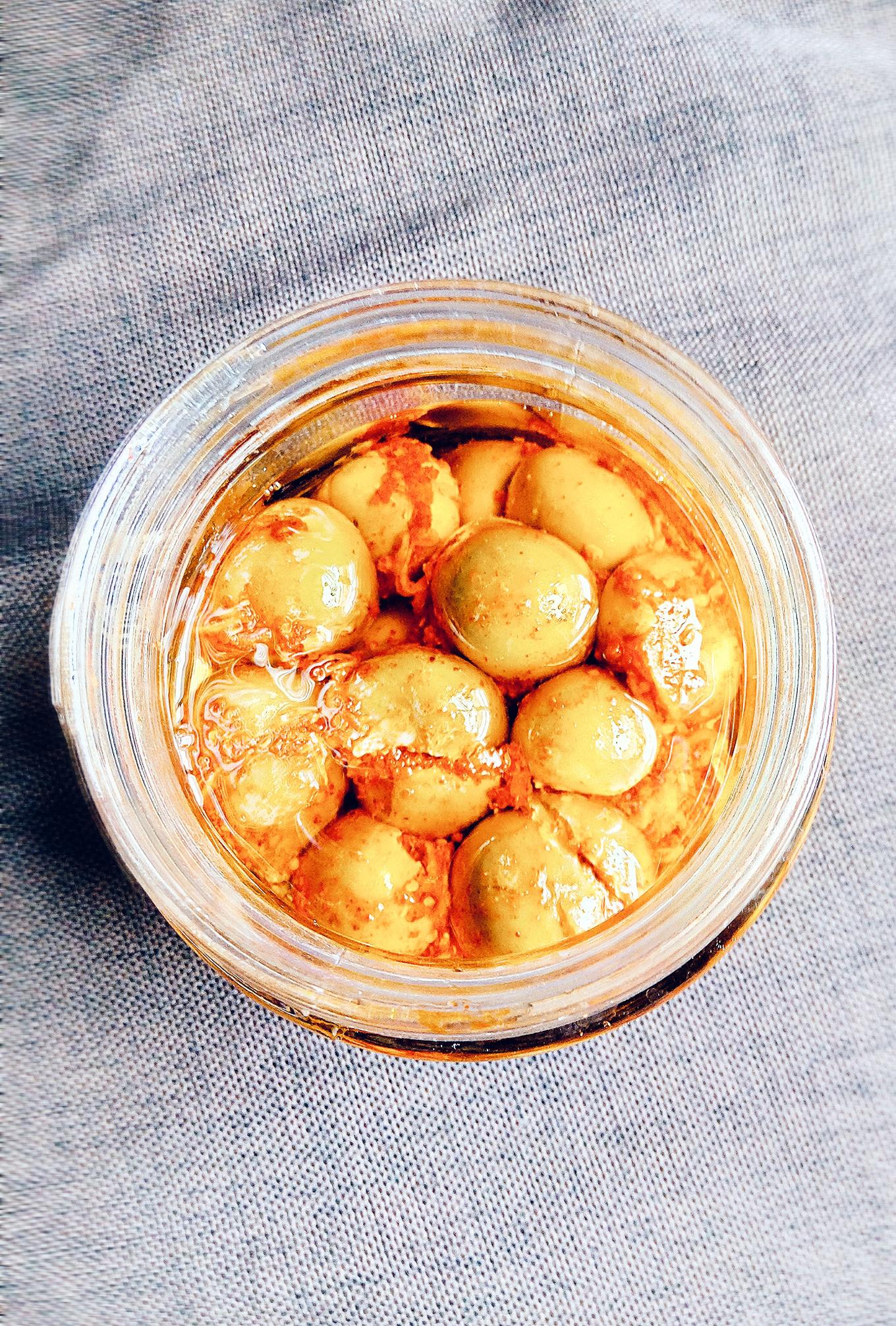 Bharela Gunda nu Athanu - Stuffed Bird Lime Fruit Pickle